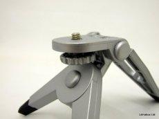 """Hama Mini Tripod Uni S tripode 3 Pata(s) Plata - Trípode (3 Pata(s), Plata, 1/4"""", 50 g)"""