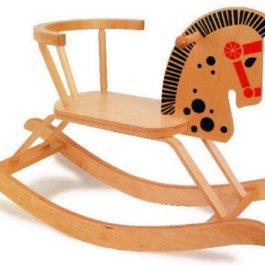 9402 Cavallino a dondolo small foot in legno, design nostalgico, con barra posteriore di sicurezza,