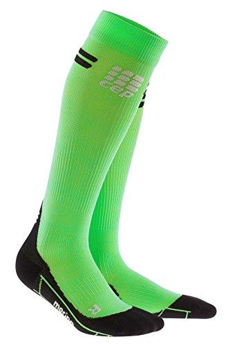CEP - Merino Run Socks für Herren | Lange Laufsocken mit Kompressionswirkung | grün/schwarz | Größe III