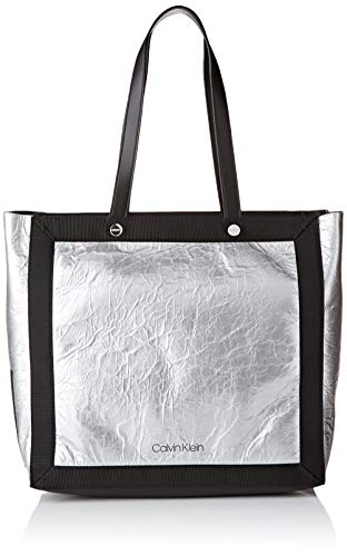 Calvin Klein - Outline Ew Shopper, Bolsos totes Mujer, Plateado (SILVER/BLACK), 15.5x35x33 cm (B x H T)