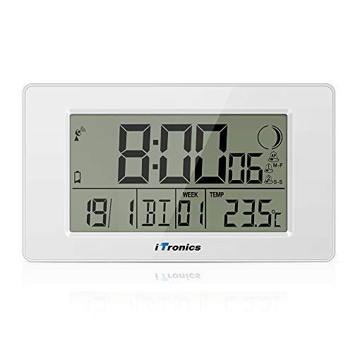 iTronics Orologio Radio da Parete Digitale con Indicatore di Temperatura Sveglia Elettronica Conto alla rovescia, Bianca