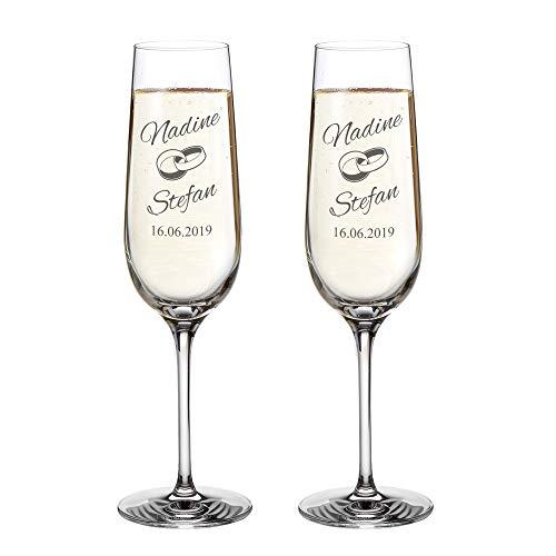 AMAVEL Set 2 Calici da Spumante con Incisione - FEDI Nuziali - Personalizzati con Nomi e Data - Bicchieri in Vetro - Flute Champagne - Decorazioni Casa - Idee Regalo Nozze - Anniversario Coppia