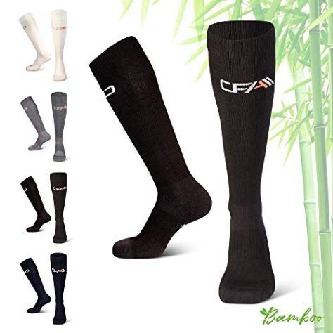COMPRESSION FOR ATHLETES Hochwertige Bambus Kompressionsstrümpfe, Überlegenen, Flache Spitzennähte, Reduzieren das Risiko von Geschwollenen und Müden Beinen. Hergestellt in der EU (Schwarz, Large)