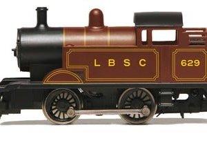 Hornby LBSC 0-4-0 (ex Thomas) Locomotive 41t 2B9Zm i4L