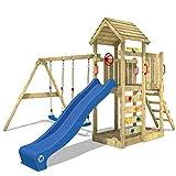 WICKEY Klettergerüst MultiFlyer - Spielturm mit massivem Holzdach, Schaukel, Sandkasten, Kletterwand und blauer Wellenrutsche