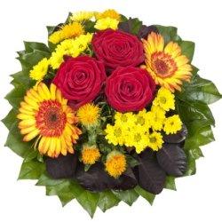 """floristikvergleich.de Dominik Blumen und Pflanzen, Blumenstrauß""""Blütenmeer"""" mit roten Rosen"""