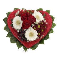 floristikvergleich.de Dominik Blumen und Pflanzen, Blumenstrauß Allerliebst