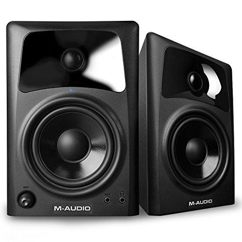 M-Audio AV42 - Monitores activos compactos de referencia para la creación audiovisual profesional y PC (pareja de altavoces)