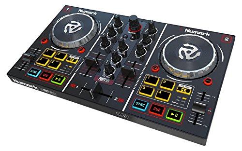 Numark Party Mix - Controlador de DJ plug-and-play de dos canales para Serato DJ Intro con interfaz de audio incorporada y entrada de auriculares, controles de pad, crossfader, jogwheels y pantalla