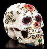 Weißer Totenkopf mit bunten Verzierungen | Tag der Toten | Figur Schädel Deko
