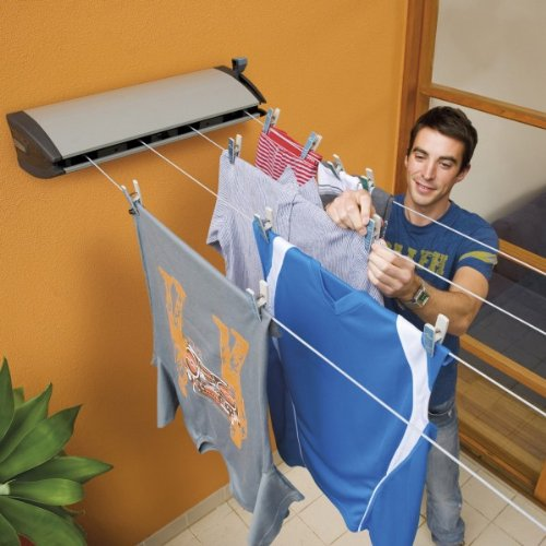 The Hills Extenda 4 Retractable Washing Line is a heavy duty model in every sense. It offers four 6.5m washing lines totalling 26m and each can be independently tensioned as needed. That means you can decide to use just one or two for lighter loads or all four lines for larger loads. The maximum line extension is 6.5m while the minimum is 4m, making it ideal for drying any size of sheet.