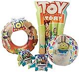 Disney Toy Story 4 Accessori Mare per Bambini con Woody & Buzz Lightyear   Confezione 4 Giocattoli Incluso Gonfiabile Pneumatico Bracciali, Materassino Gonfiabile, Pallone da Spiaggia, Ciambella