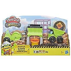Avec le coffret le chantier de Play-Doh Wheels et la nouvelle pâte de construction Play-Doh spéciale gravier vous pourrez réaliser des constructions encore plus vraies que nature. Amusez-vous à broyer la pâte à modeler pour en faire du gravier puis d...