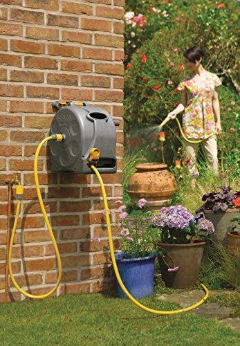 The 'Hozelock 2 in 1 enclosed hose reel' is very similar to the 'Hozelock Auto-Rewind' but it does not have a auto-wind feature which means it comes with quite a saving.