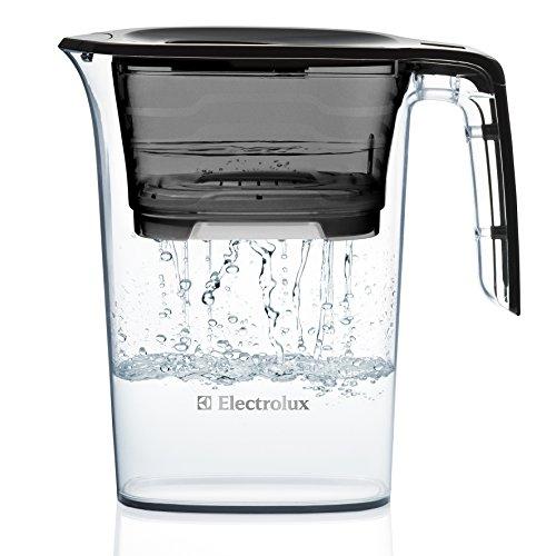 Electrolux 2.3L water filter jug with cartridges bundle (ebony black) (1 month of AEG PureAdvantage PAA6P)