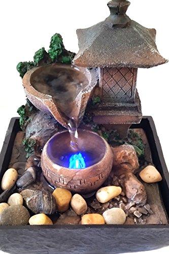 Fuente Zen para interiores con iluminación a led Linterna 4