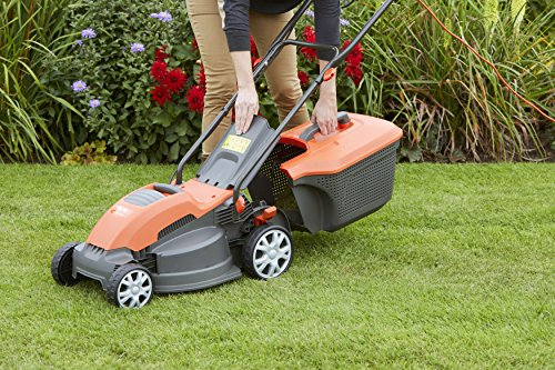 The Flymo Speedi-Mo 360C Electric Lawn Mower is a powerful model running on a 1500w motor so it has plenty of power. Equipped with a rotary metal blade, this lawnmower is perfect for smaller and medium, at a push it could even mow large sized gardens if needed.