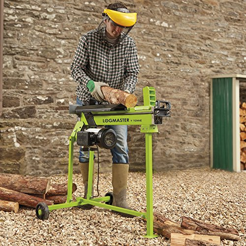 This Logmaster 7 Ton Hydraulic Electric Log splitter produces 7 tons of splitting force and is powered by a 1960 watt - 230v motor. The maintenance free, heavy duty structure, ensures that it splits both seasoned and green wood with ease, which enables you to split wood at any time of year.