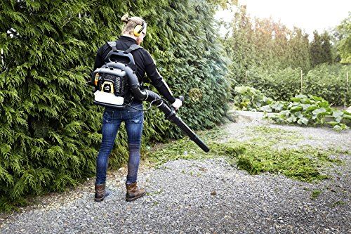 Experience the powerful Mcculloch GB355BP Petrol Backpack Leaf Blower that comes in a compact manoeuvrable design.