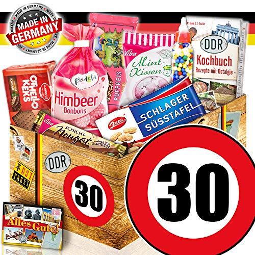 DDR Geschenk box / Geburtstag Frau / Zahl 30 / Süssigkeiten Geschenk