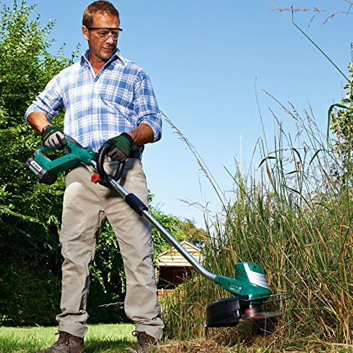 Overall, the Bosch AdvancedGrassCut Grass Trimmer is an impressive tool for regular strimming around the garden, though quite an expensive model it does have extra power when compared to cheaper models.