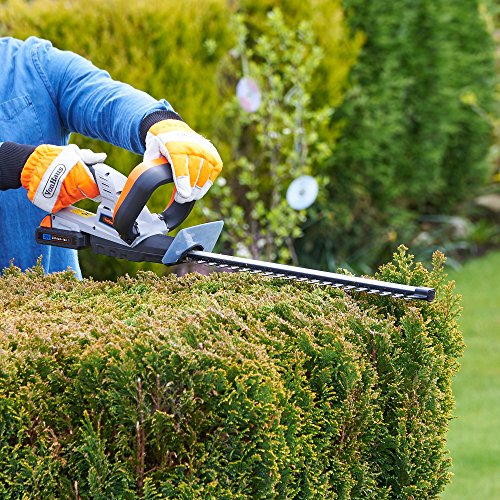 This VonHaus 20V Cordless Hedge Trimmer/Cutter is a great choice for large gardens or for those whose projects involves trimming hedges in vast areas. This quality trimmer promises superior performance all-round along with a number of safety features that guarantee peace of mind for users.