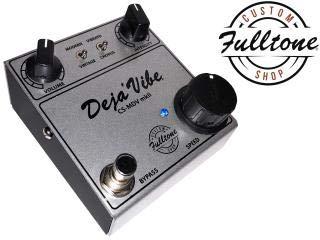 Custom Shop Mini DejaVibe MKII [CS-MDV-mkII] ギターエフェクター 【最新】Paul Gilbert(ポール・ギルバート)の機材・エフェクターボードを解析!ギターを支える機材の数々を紹介!【金額一覧】