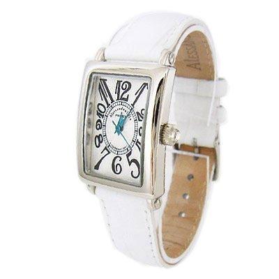 女子高生の彼女の誕生日に時計をプレゼント