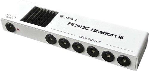 CAJ エフェクター用パワーサプライ AC/DC STATION ver.3 (9Vアダプター付き) 小さくて安いパワーサプライ特集! エフェクターボードに邪魔にならないコンパクトなオススメ電源!【ギター・ベース】