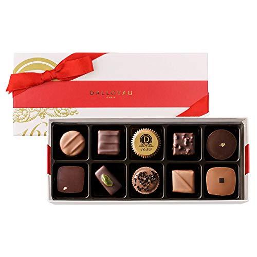 DALLOYAUのチョコはバレンタインで人気でホワイトデーにはマカロン
