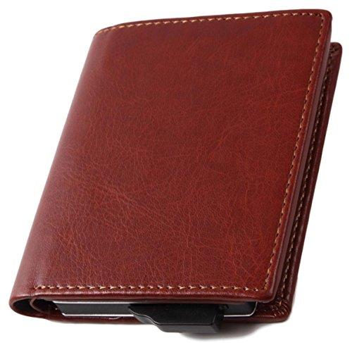 上質なカードケースはキャッシュレスの時代に便利なアイテム