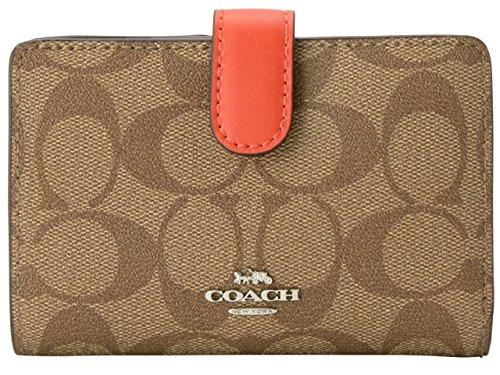 コーチの財布は彼女が喜ぶ誕生日プレゼント