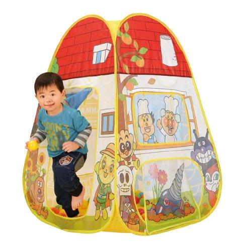 秘密基地が大好きな男の子にボールテントをプレゼント