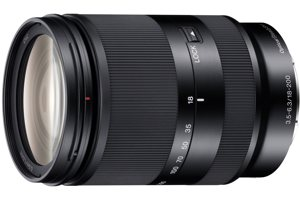 E 18-200mm F3.5-6.3 Zoom Lens