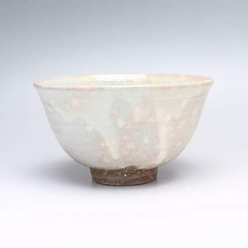 Kohiki Hagi ware Matcha Teabowl made by Yasushi Okada. Japanese ceramic.