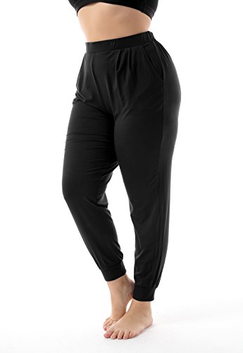 Loose fitting yoga pants with pockets