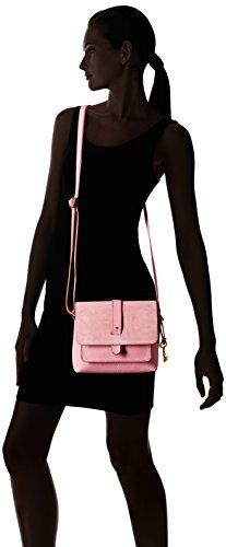 31KspHvnGcL Interior Pockets: 1 Zipper Pocket and 1 Slide Pocket; Exterior Pockets: 1 Front Snap Pocket and 1 Back Slide Pocket Material: Leather Closure: Zipper