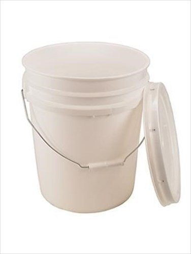 5 Gallon White Bucket & Lid