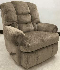 1407-84-17 Lane Stallion Big Man Comfort King WallSaver Recliner. Made for The Big Guy Or Gal. Free Curbside Delivery