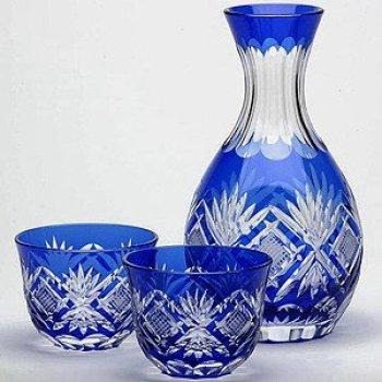 Japanese Edo-Kiriko (Cut Glass) Set of Tokkuri(Liquor bottle) & 2 Guinomi(Sake Cups), Hishi-nanako Pattern