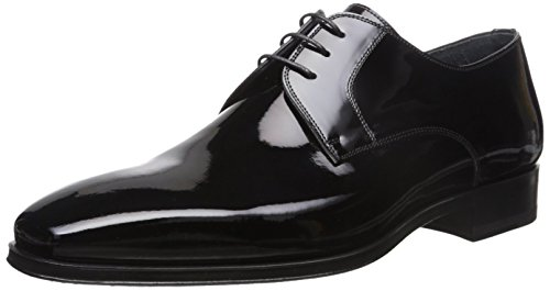 Look polished from tie to toe with these dashing oxfords! Patent leather upper. Lace-up front.