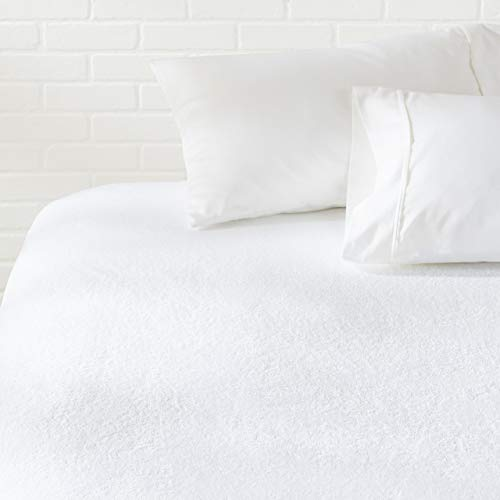 AmazonBasics Hypoallergenic Waterproof Fitted Mattress Protector, Twin