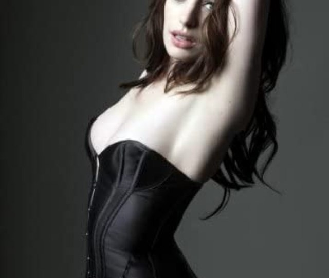 Amazon Com Anne Hathaway Poster Sexy Bustier X Prints