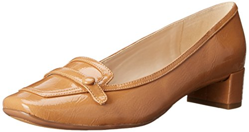41G9fGXXeQL Loafer pump in glossy synthetic leather featuring apron toe with decorative button strap Low block heel