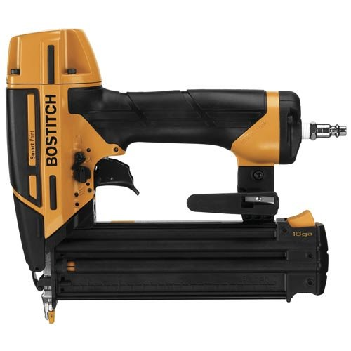 BOSTITCH BTFP12233 Smart Point 18GA Brad Nailer Kit by Bostitch