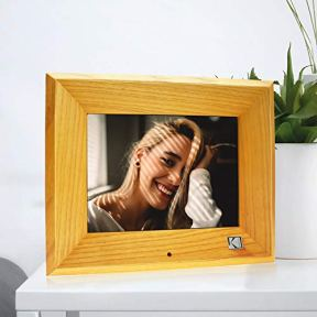 KODAK-Wood-Digital-Picture-Frame-8-inch-8GB-Memory-with-Remote-Control-High-Resolution-Digital-Photo-Frame
