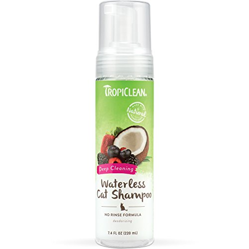 TropiClean Waterless Shampoo for Cats