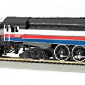 Bachmann Industries GS4 4-8-4 Locomotive – DCC Sound Value Equipped – American Freedom Train #4449 – HO-Scale Train 41L3ubAD0ML