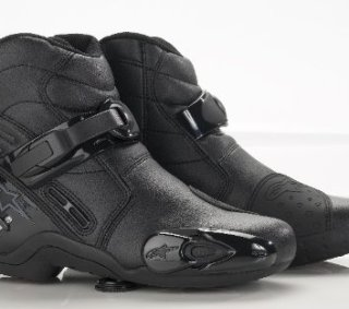 Which are the best Motorcycle Boots & Shoes for you?