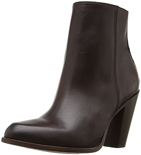41Vm2qtS7ML Ankle bootie featuring seamless front and stacked cone heel Side zipper